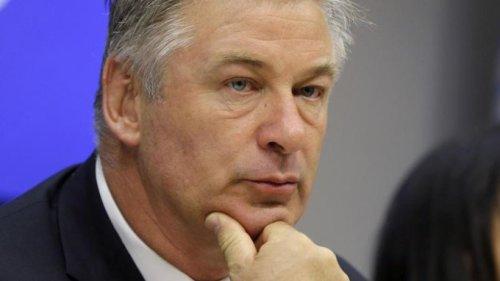 Medien: Baldwin nach tödlichem Vorfall mehrmals befragt