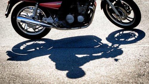 Motorradfahrer stirbt nach Zusammenstoß mit Lkw im Harz