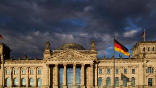 Wie mit Lügen gegen die Bundestagswahl geschossen wird