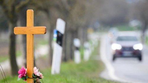 58 Prozent aller tödlichen Verkehrsunfälle auf Landstraßen