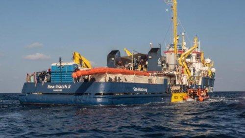 """Menschen wegen Gesundheitszustand von """"Sea-Watch 3"""" geholt"""