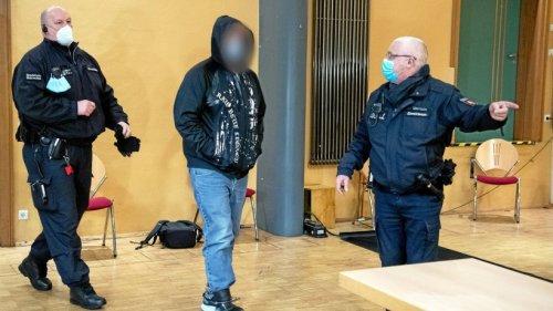 Plädoyers im Prozess um im Fluss versenkte 19-Jährige erwartet