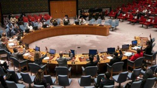 UN-Sicherheitsrat verlangt von Taliban Regierung mit Frauen