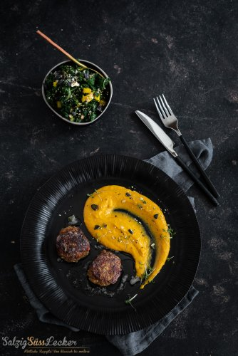 Lammfrikadellen mit Kürbispüree - National Meatball Day