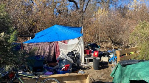19,000 pounds of trash cleaned up in Paso Robles riverbed, while police make 6 arrests