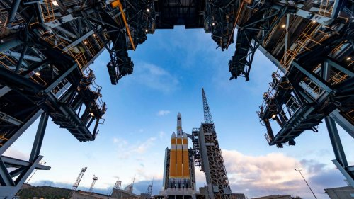 Live updates: Vandenberg 'on schedule' to launch Delta IV Heavy rocket this afternoon