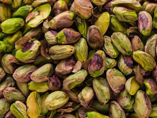 The Best Nuts for Snacking