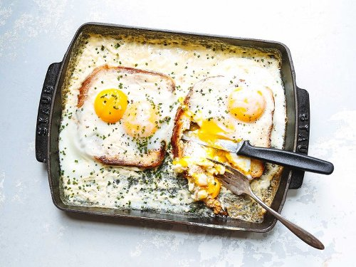 French Baked Toast with Cream and Eggs (Oeufs au Plat Bressanne)