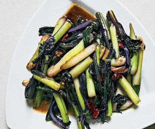 Garlicky Yu Choy Stir-Fry
