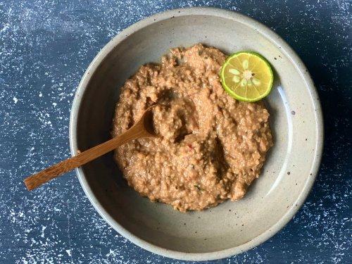 Bumbu Kacang (Indonesian Peanut Sauce)