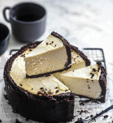 Classic Cheesecake Enriched with Oreo