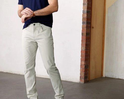 6 Best Travel Pants for Men (Versatile & Comfy)