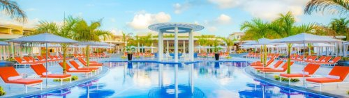 3 Splurge-Worthy All-Inclusive Palace Resorts in Cancun