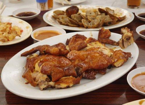 What to Eat in Hong Kong (+ Hong Kong Food Tour)