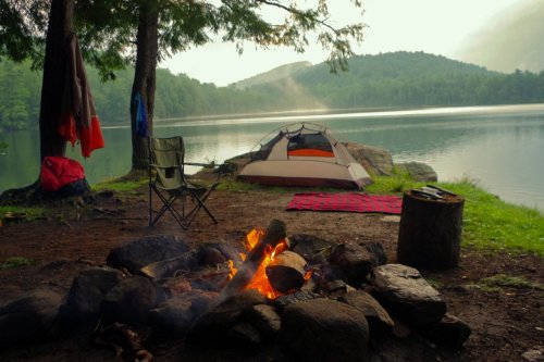 16 Essentials to Pack for a Camping Vacation