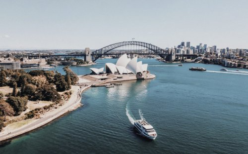 Six Important Buildings to Know by Danish Architect Jørn Utzon