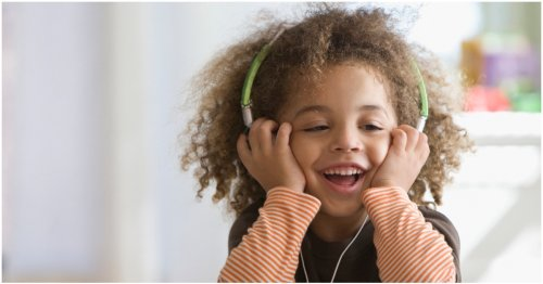 Best MP3 Players For Kids (That May Just Keep Them Quiet For A Few Minutes)