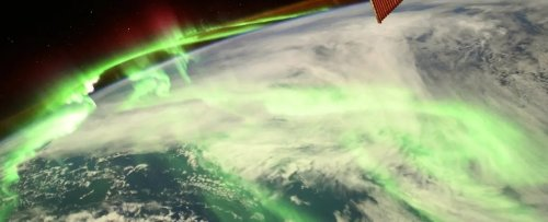 Astronaut Captures Jaw-Dropping Photo of Aurora Blazing Gloriously Above Earth
