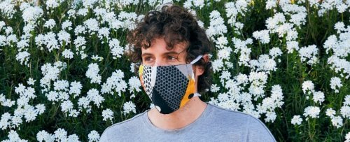 When Should You Wear a Mask Outside? Here's a Simple Way to Know