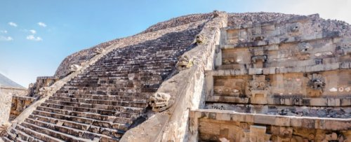 2,000-Year-Old Offering to Serpent God Found Preserved Under Mexican Pyramid
