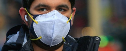 There's a Right And Wrong Way to Double Mask, New Study Has Found