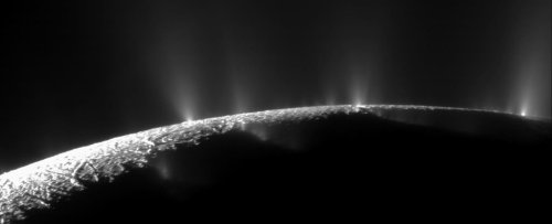 Methane Detected on Enceladus Could Actually Be a Sign of Life, Study Shows