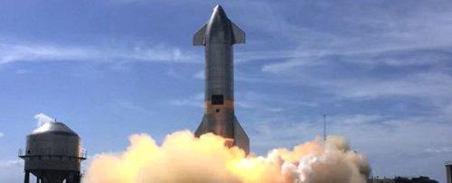 SpaceX's Reusable Starship to Take NASA Astronauts Back to The Moon