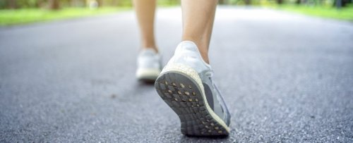 Study Suggests a New Number of Daily Steps For Health Benefits, And It's Not 10,000