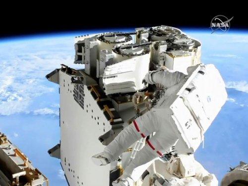 Direct Vidéo : troisième sortie spatiale pour Thomas Pesquet