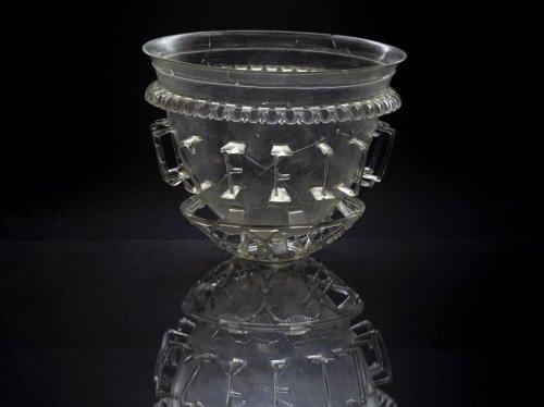 L'incroyable vase d'Autun livre une partie de ses secrets - Sciences et Avenir