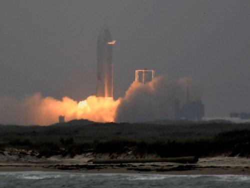 SpaceX s'apprête à lancer son premier équipage civil en orbite