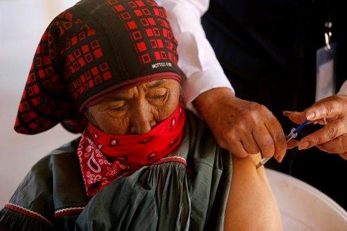 Coronavirus: le seuil des 3 millions de morts imminent, course à la vaccination
