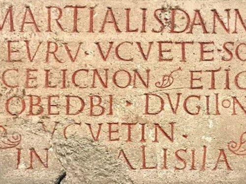 Quand les Gaulois écrivaient… pour honorer les dieux ou maudire les vivants
