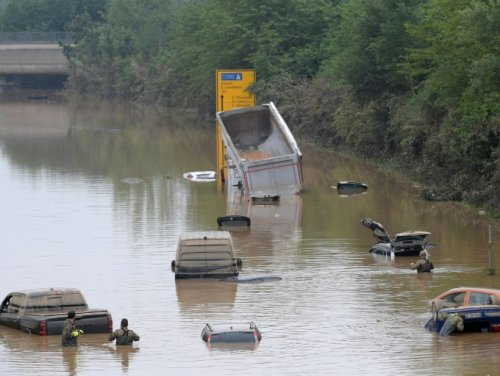 Inondations : les Allemands confrontés à la réalité du changement climatique