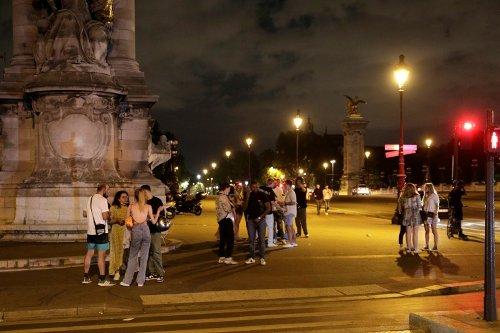 Covid: premier week-end avec de vraies soirées, 30 millions de piqûres