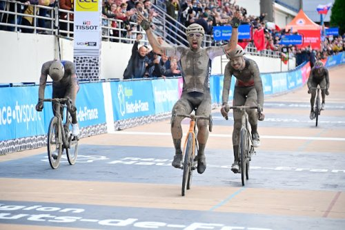 Sonny Colbrelli vence a Paris-Roubaix 2021 - ScoreMore Sports