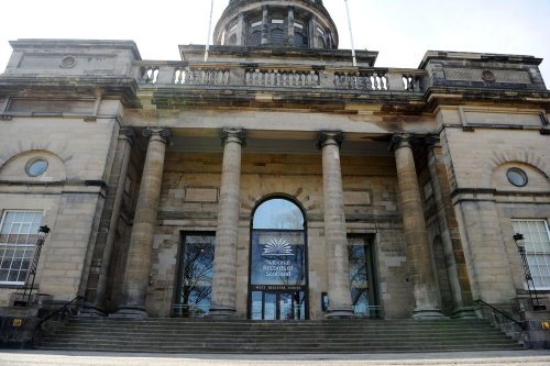 Railings to be installed at A-listed Edinburgh building to deter homeless from sleeping in Charlotte Square