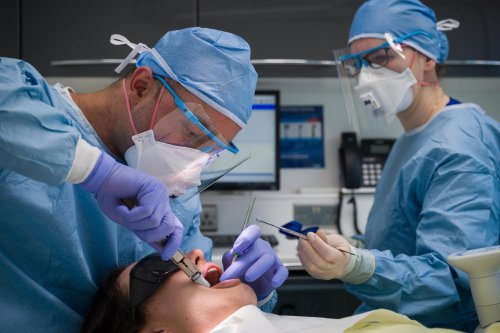 """Withdrawal of Covid support in Scotland will be """"devastating"""", warn dentists"""