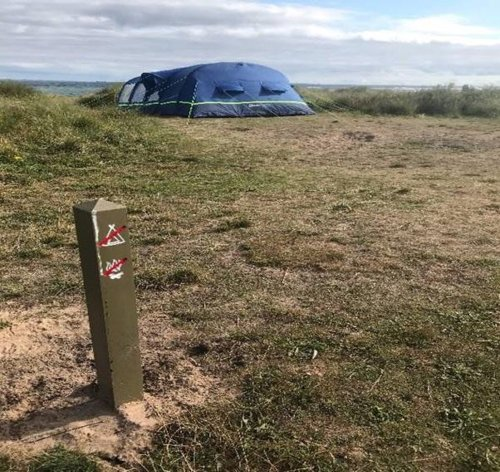 Campers flouting rules by driving cars on East Lothian's protected shoreline