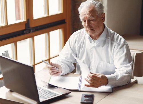 State Pension Increase 2022: How do I apply and how much will it increase?