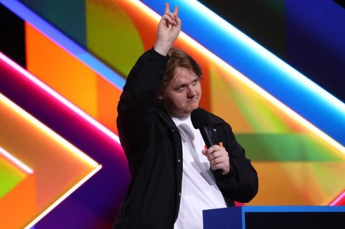 Brit Awards 2021: Lewis Capaldi muted as he turns the air blue with sweary speech at glitzy ceremony