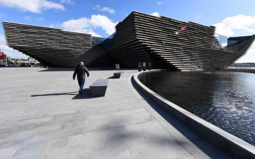 Covid Scotland: 'No evidence' of need for travel restrictions to Dundee, says expert