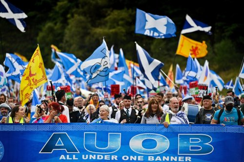 Watch: Pro-independence supporters march through Edinburgh