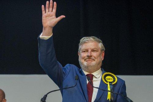 Scottish Election 2021: SNP's Angus Robertson wins Edinburgh Central formerly held by ex-Scottish Conservative leader Ruth Davidson