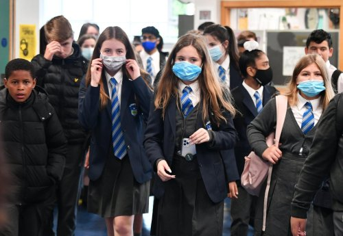 Covid Scotand: Nicola Sturgeon not ruling out extending jab to teens against JCVI advice
