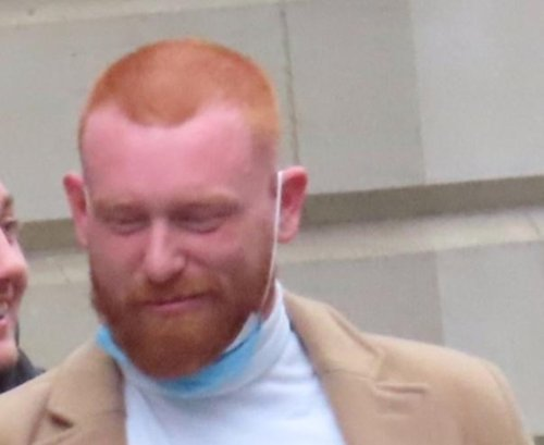 Jealous Leith barber who set girlfriend's £16k car on fire after ex wished her 'Happy Christmas' avoids jail term
