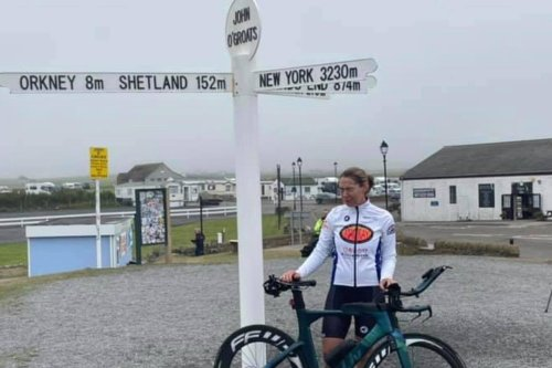 This Scottish woman just smashed the women's Lands End to John O'Groats cycling record