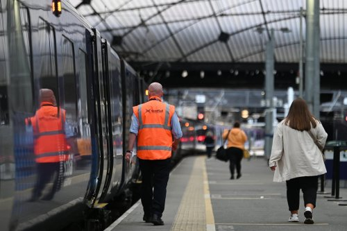 Rail strikers say a 'gun has been held to their heads' as Government gives them until mid-week to accept offer