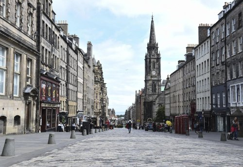 HIV Scotland collaborate with Edinburgh poet to share poem about his lived experience