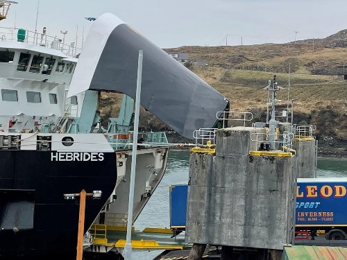 Ferry returns on a short term basis to Scottish islands after the local authority named the service 'unacceptable'